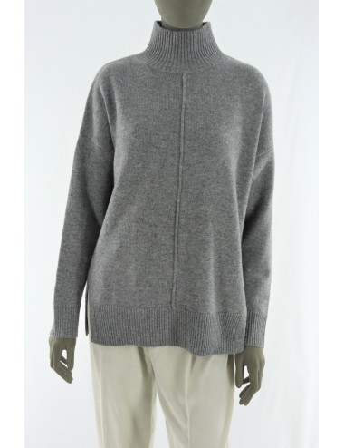 WOOLEN AND CAHMERE SWEATER