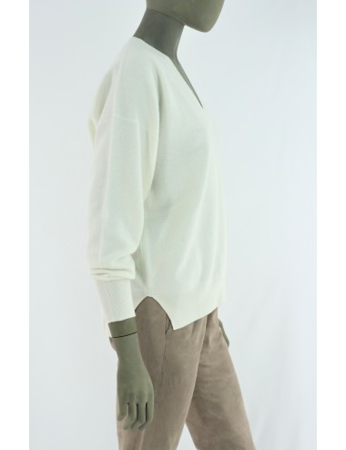 WOOLEN AND CASHMERE SWEATER